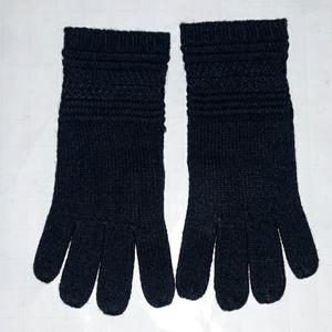 Neiman marcus acrylic navy gloves